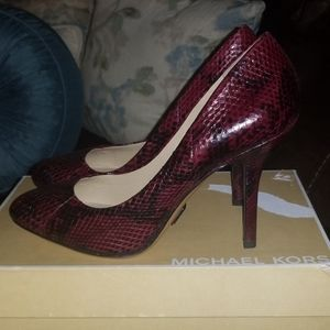 Michael Kors Snake Skin Pumps